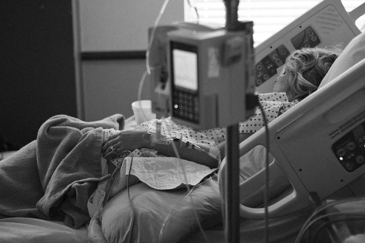 Пациентка больницы в Коммунарке рассказала, что там все спокойно