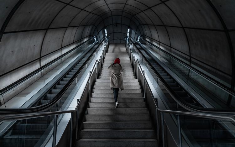 В Петербурге изменили время работы метро