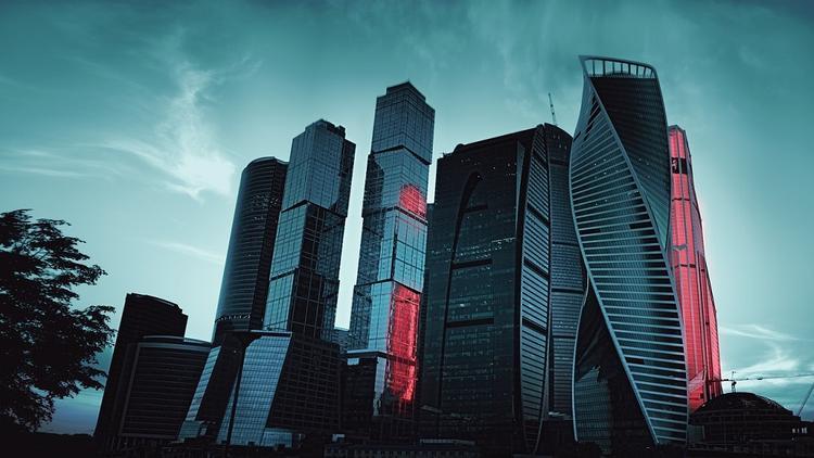 Москвичей планируют отслеживать по камерам и социальным картам в период изоляции