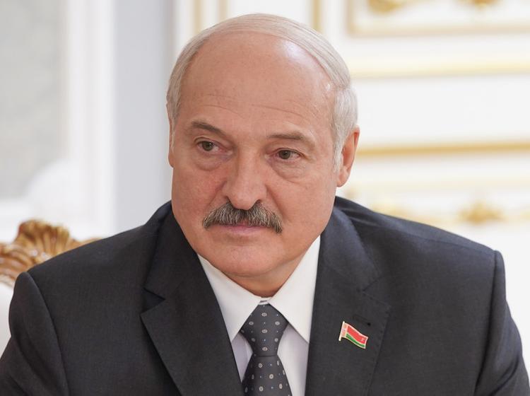Лукашенко призвал Москву отказаться от «имперских замашек»