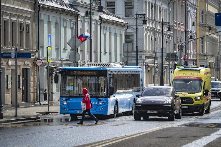 Наземный транспорт в Москве будет ходить реже