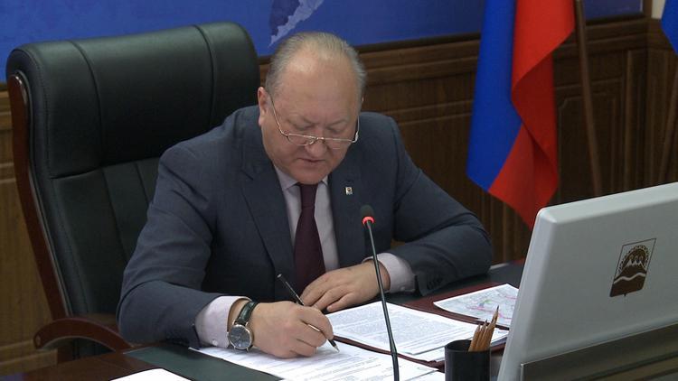 Третий российский губернатор подал заявление об отставке. На сей раз смена главы ждет Камчатку