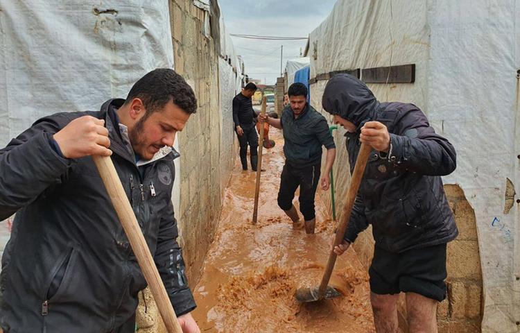 Сирийская оппозиция столкнулась с бедой в Идлибе
