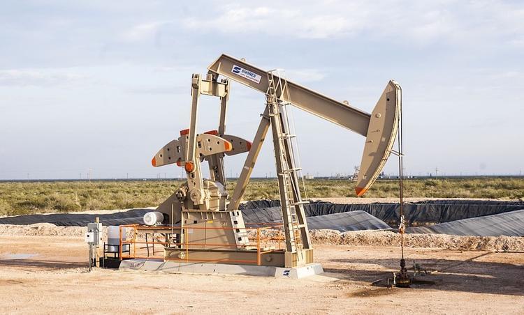 Bloomberg утверждает, что Россия готова сократить добычу нефти