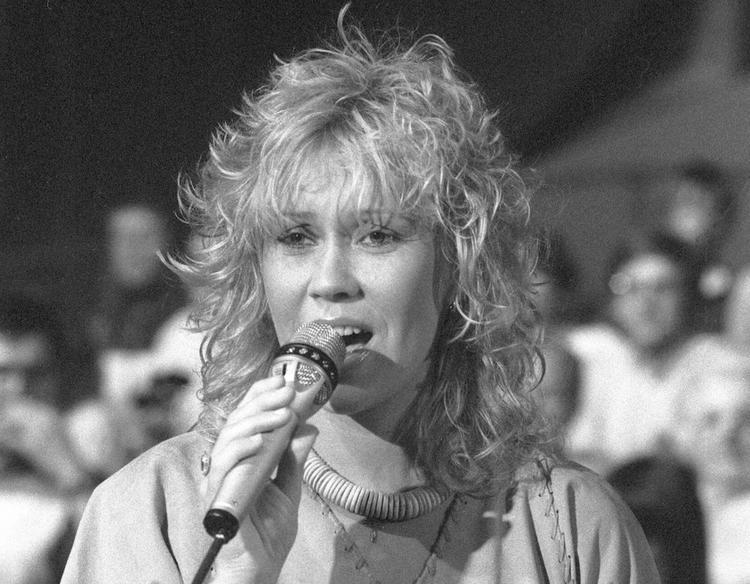 Участница группы ABBA празднует 70-летие