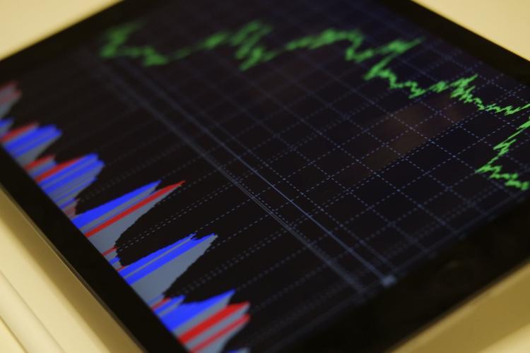 Эксперты по экономике прогнозируют двухлетнюю рецессию в России