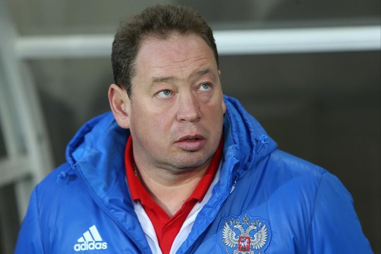 Российский тренер Слуцкий хочет похудеть на 10 кг за время карантина