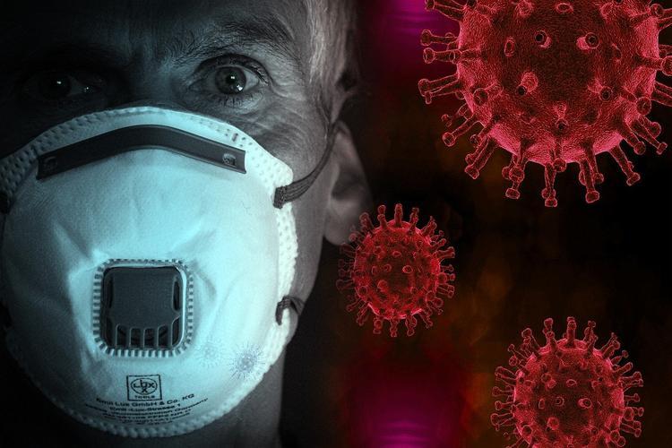 Эпидемиолог «ждет» окончания пандемии в России к лету: «Все равно многие переболеют и само закончится»