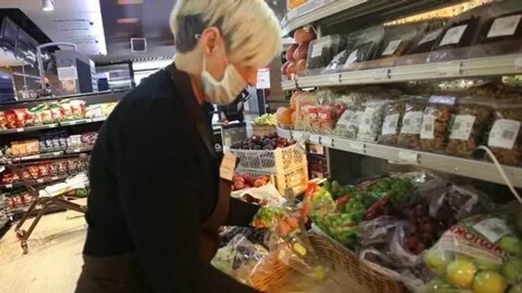Россиян ждет резкий скачок цен в магазинах. Продукты подорожают до 20% из-за пандемии и падения курса рубля