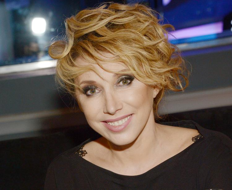 52-летняя Елена Воробей в шутку заявила, что она «пожилая для Петросяна»