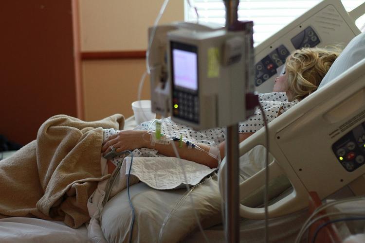 Мурашко рассказал о состоянии больных коронавирусом, не начавших лечение вовремя