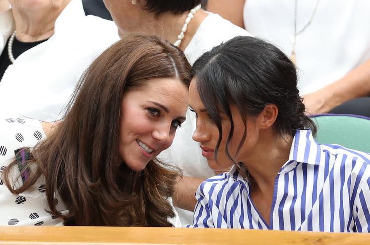 Источник: Меган Маркл попросила прощения у герцогини Кейт