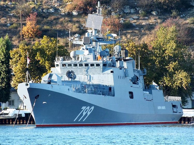 Фрегаты Черноморского флота, вернувшись с учений, где заходили в иностранный порт, ушли на карантин
