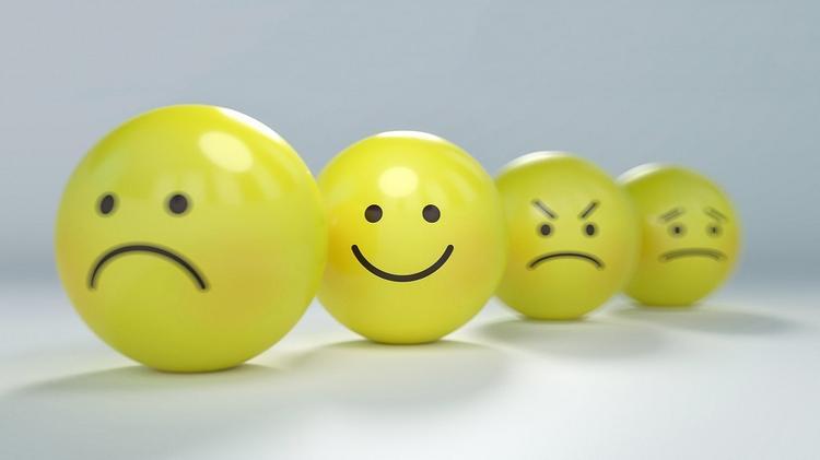 Третья неделя самоизоляции может стать началом приступов апатии и гнева