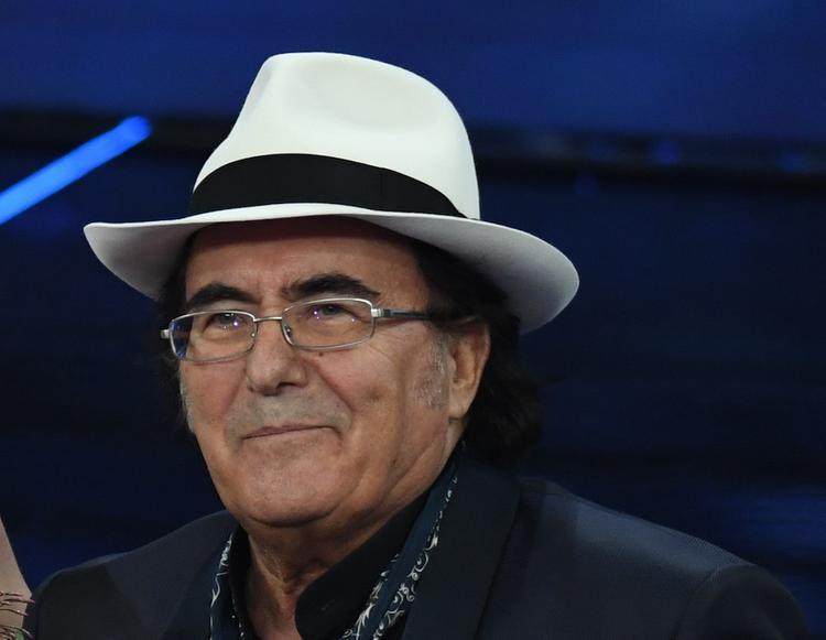 Итальянский певец Аль Бано выразил благодарность российским военным специалистам