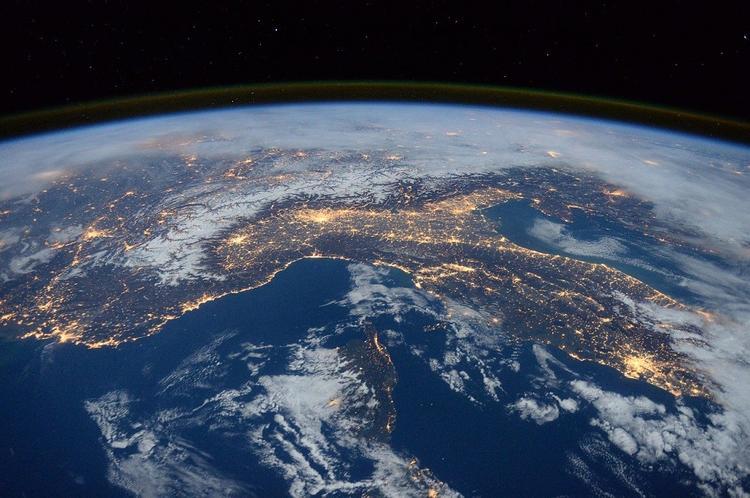 Астрономы допустили, что раньше Земля была плоской