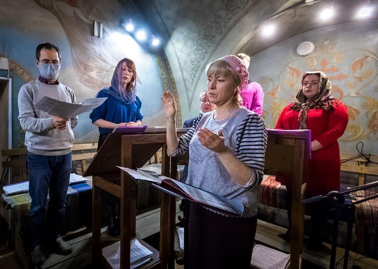 В южноуральских храмах прошли Пасхальные богослужения