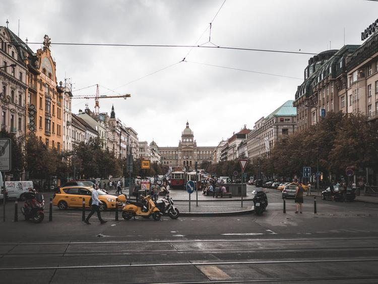 Инициатору  сноса памятника маршалу Коневу в Праге приставили охрану