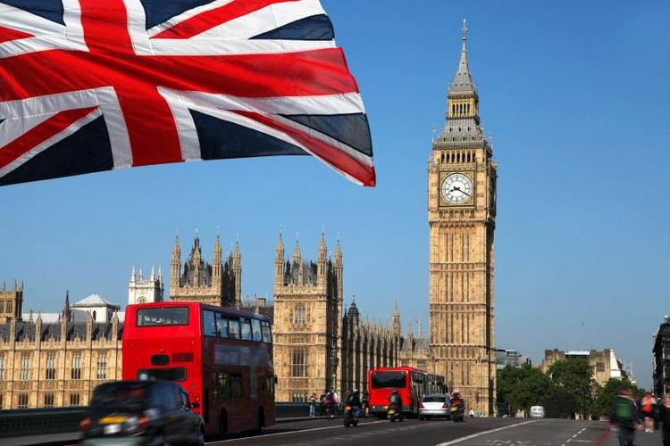 Великобритания заплатит гражданам 80% от зарплаты, остальное - работодатель