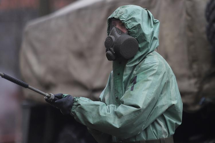 Российский профессор назвал новый вероятный путь заражения коронавирусом COVID-19
