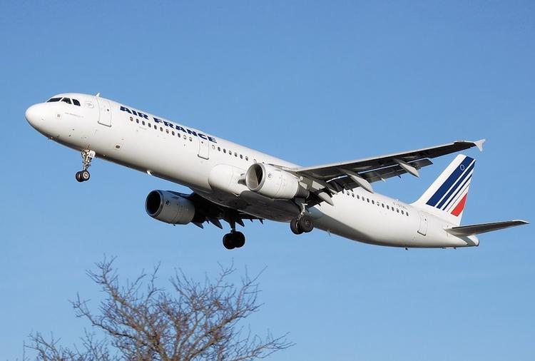 С 11 мая пассажирам авиакомпании Air France будут измерять температуру перед вылетом