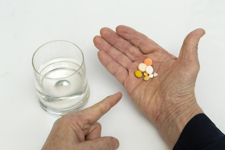 Озвучен список способных спровоцировать повышение артериального давления лекарств