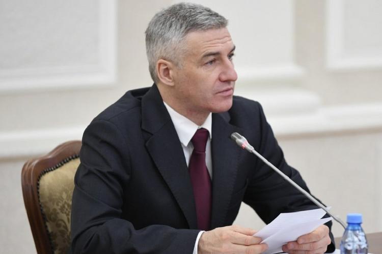 Глава Карелии назвал провокаторами людей, призывающих не носить защитные маски
