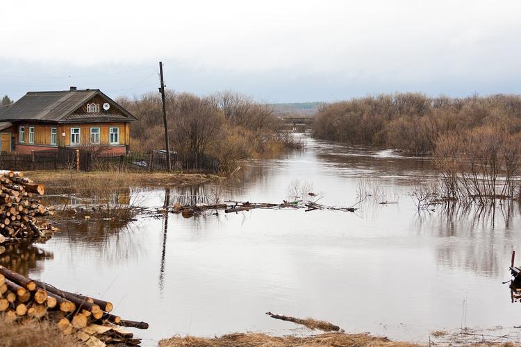 В Якутии с начала весеннего половодья в воде скончались 13 жителей