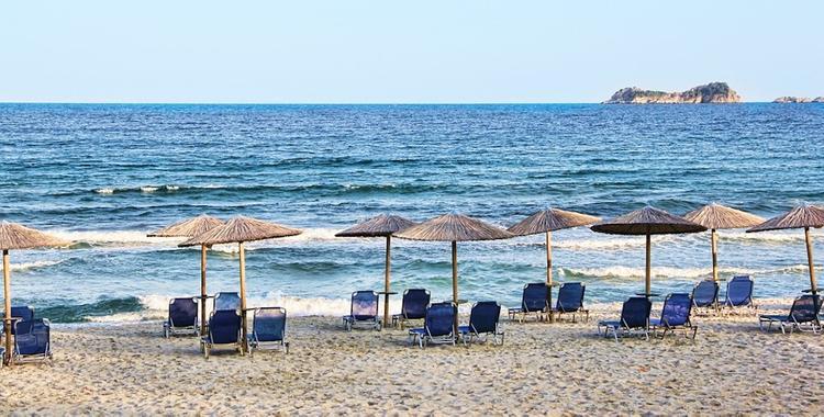 Власти Греции намерены привлекать туристов снижением цен