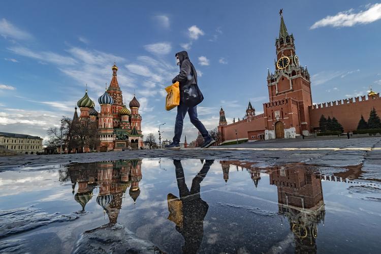 Главный эпидемиолог Минздрава РФ назвал условия выхода из ограничений по COVID-19
