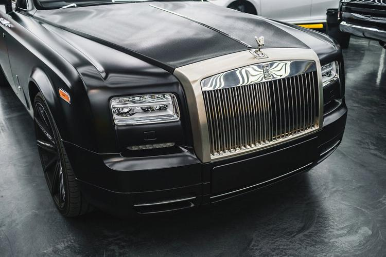 Кокорин похвастался  автомобилем Rolls-Royce за 23 миллиона рублей: «Иногда можно»