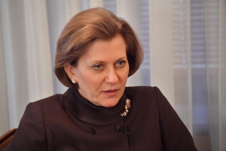Глава Роспотребнадзора рассказала, как долго в России будет действовать масочный режим