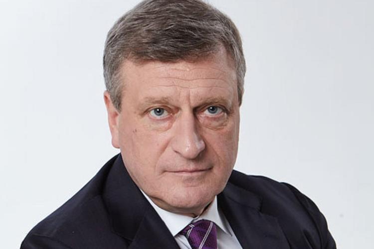 Губернатор Кировской области заявил, что до конца недели в регионе точно не откроют общепит и крупные ТЦ