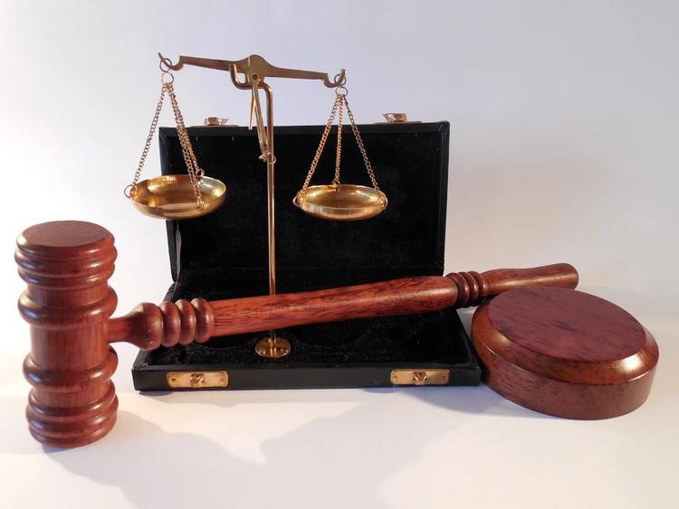 В Хакасии у секретаря судьи подтвердился COVID-19, его коллеги изолированы