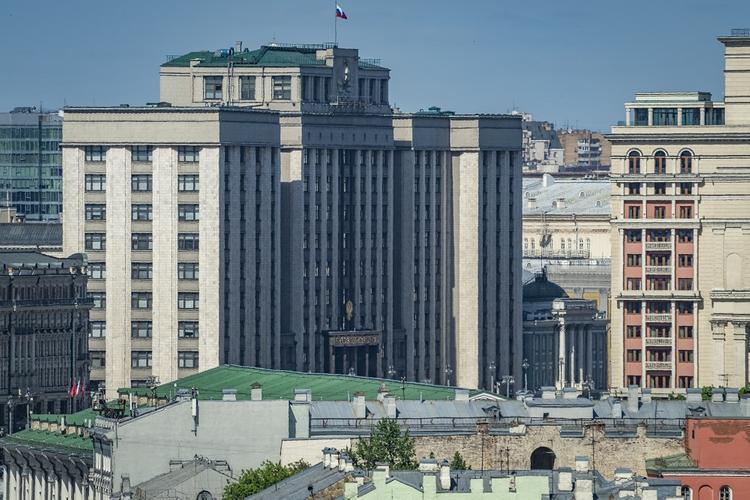 В Госдуме оценили продление ограничений в Москве