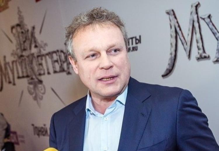 Сергей Жигунов подал иск против судебного пристава, который  арестовал его личные вещи
