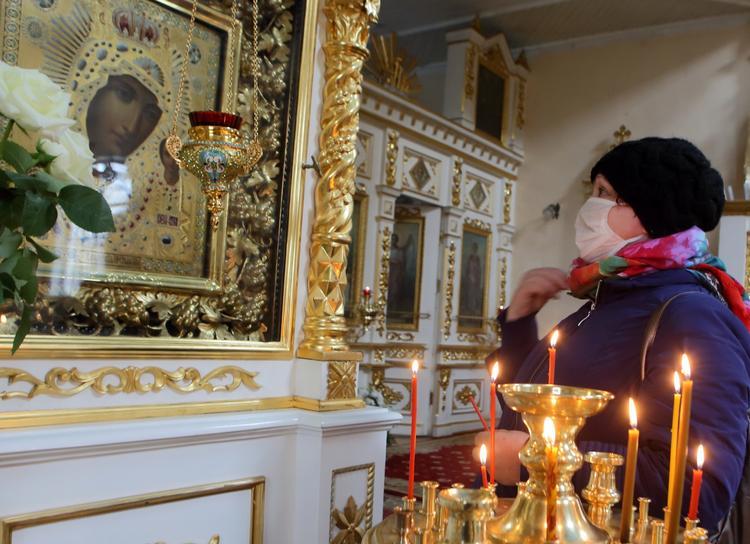 Роспотребнадзор назвал три этапа открытия храмов и церквях для верующих
