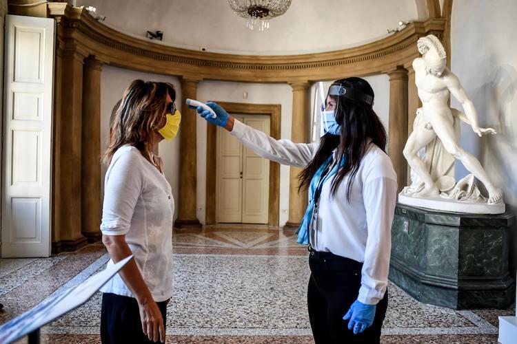 Под угрозой в Италии оказались до миллиона рабочих мест