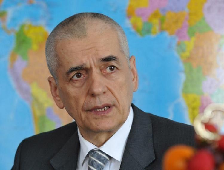 Онищенко высказался о предложении  штрафовать за отказ от вакцинации: «Эта суетливость никому не нужна»