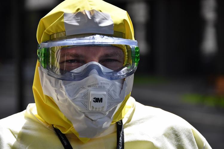 В России за сутки коронавирус выявили у более 8,9 тысяч человек