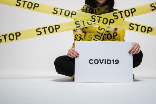 ВОЗ считает, что риск распространения COVID-19 остается высоким