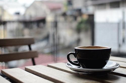 Онищенко рассказал, когда в России могут возобновить работу кафе и рестораны