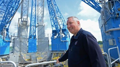 Наш ответ Илону Маску - на заводе «Роскосмоса» начнут производить лифты с голосом Юрия Гагарина