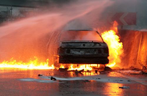 В ночь на вторник в Твери сгорели семь автомобилей