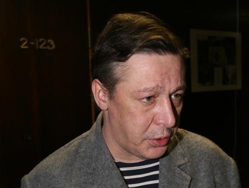 Адвокат объяснил, почему Ефремов не стал обжаловать решение отправить его под домашний арест