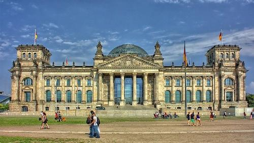 В Германии все крупные мероприятия отменили до конца октября