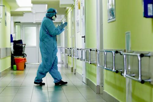 Врачи предупредили о вероятных пожизненных последствиях коронавируса COVID-19