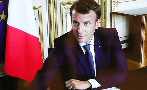 Президент Франции собирается с визитом в Россию после разговора с Путиным