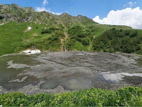 В заповеднике Сочи пропало озеро