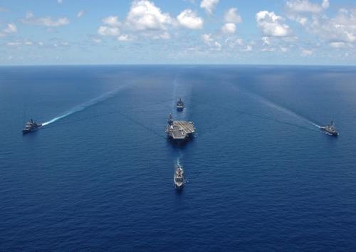 США перебрасывают войска в Южно-Китайское море